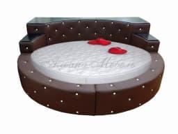 Кровать с мягким изголовьем Элоиза